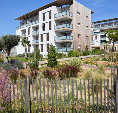 Paysagiste amenagement residence sète