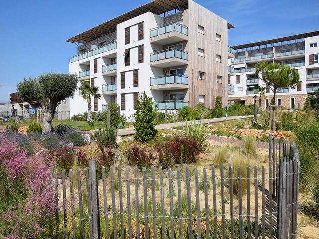 Paysagiste amenagement residence s te paysagiste jardin deco for Jardin residence