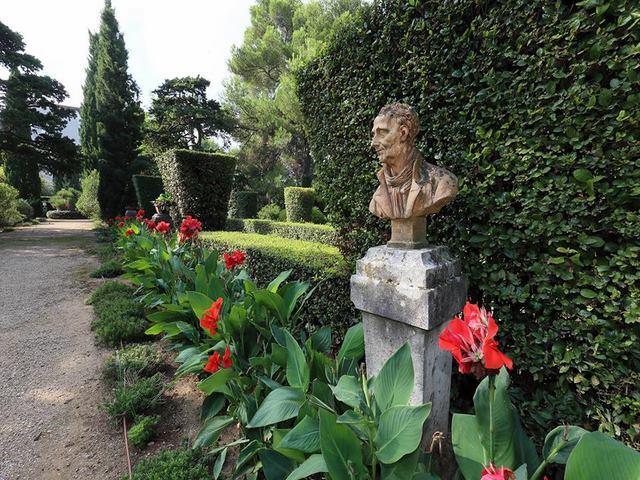Paysagiste montpellier pour helenis residence de standing for Jardin informatique