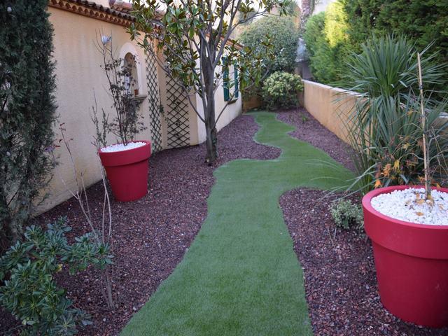 Jardin sec montpellier decoration jardin sec deco jardin sec for Deco jardin paysagiste