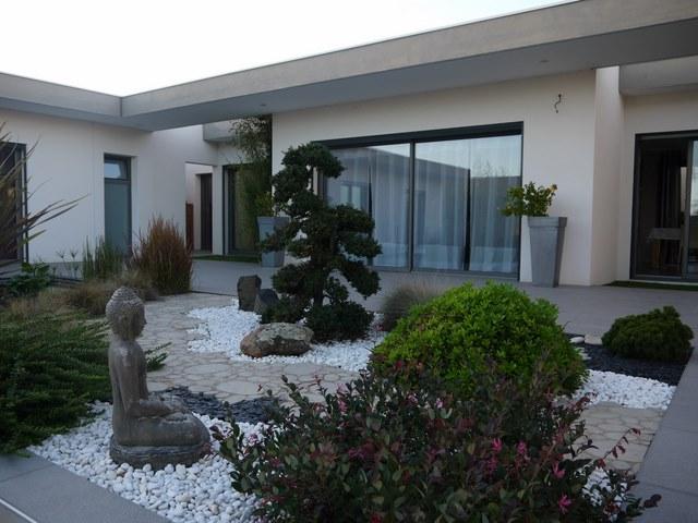 Jardin japonais bordure jardin. Decoration jardin japonais