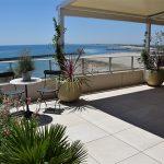 Aménagement d'un toit terrasse à Sète 1