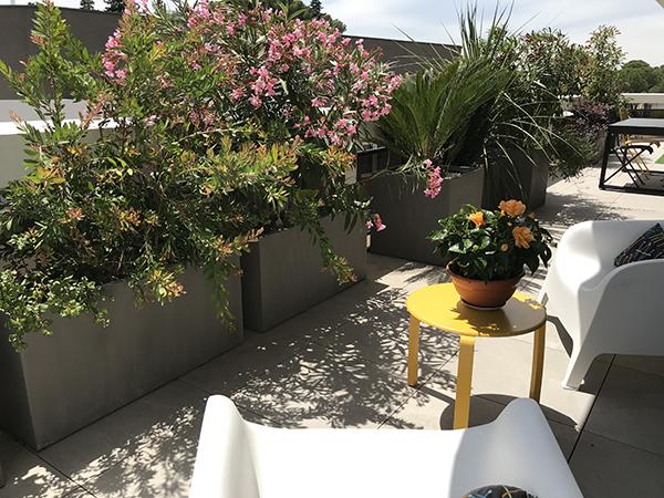 Aménagement d'une terrasse au Domaine des 5 sens
